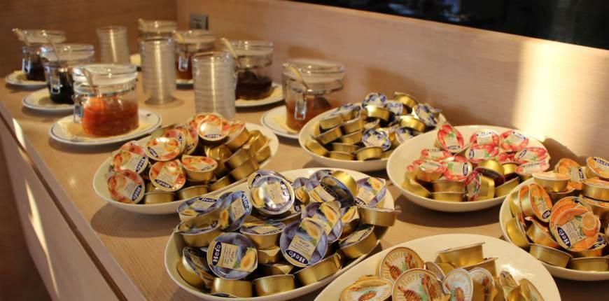 spesso Colazione all'americana, dolce e salata all'Hotel Sarti di Riccione VM72